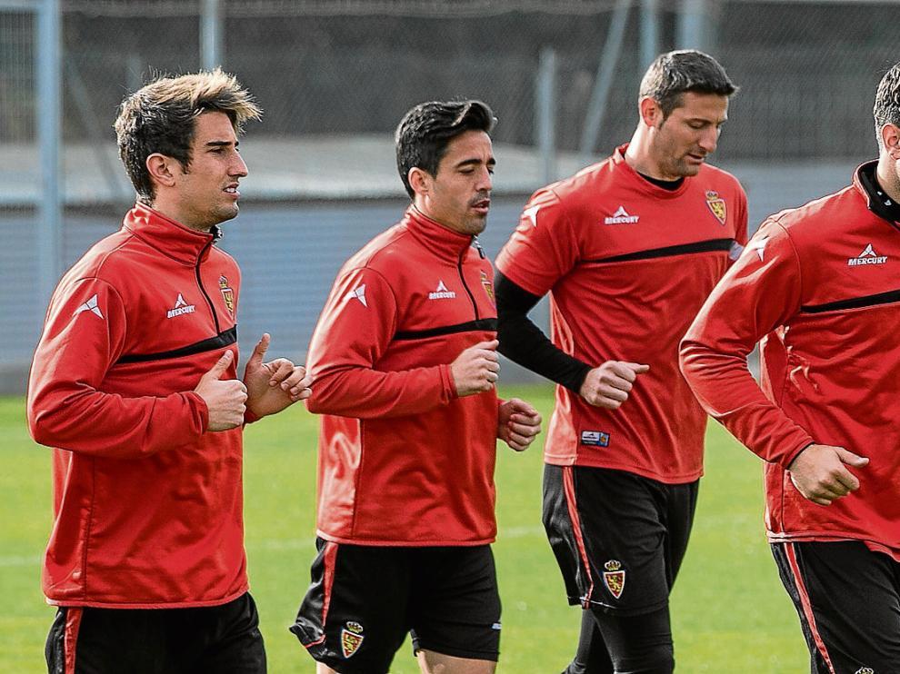 Campins, Pedro, Rubén y Cabrera trotan en una sesión de entrenamiento.