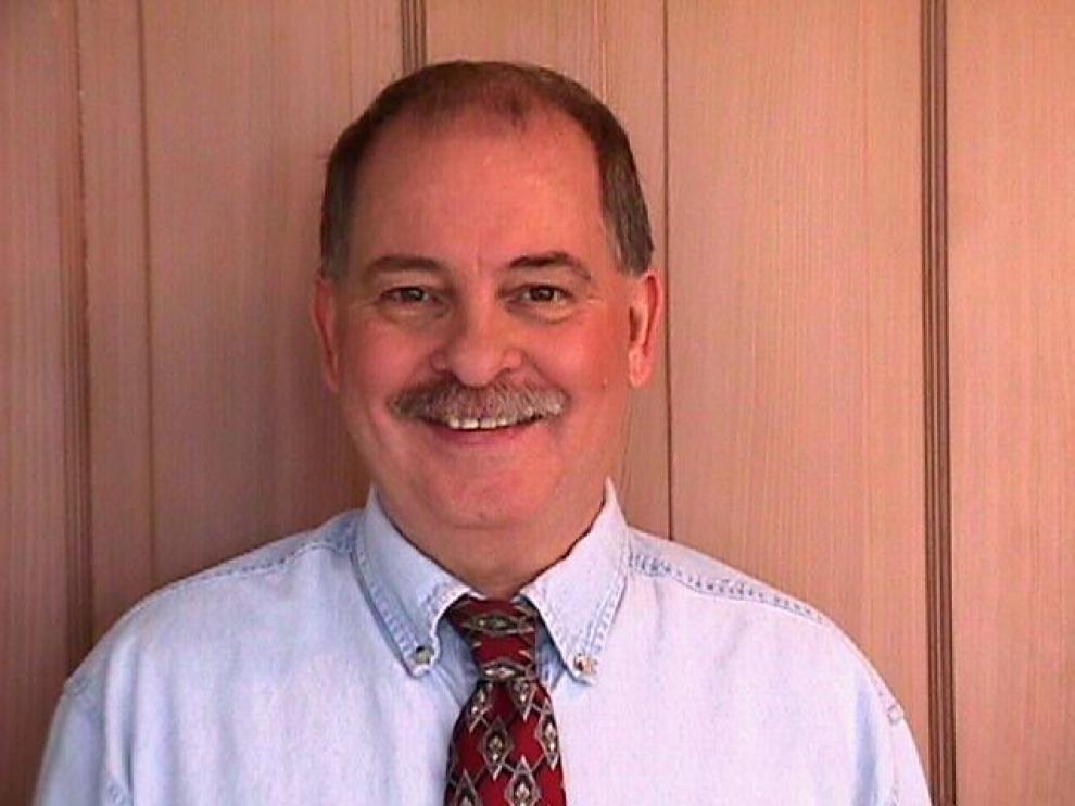Daniel Whitmire, profesor retirado de Astrofísica de la Universidad de Luisiana en Lafayette, ha publicado el hallazgo sobre el Planeta X.