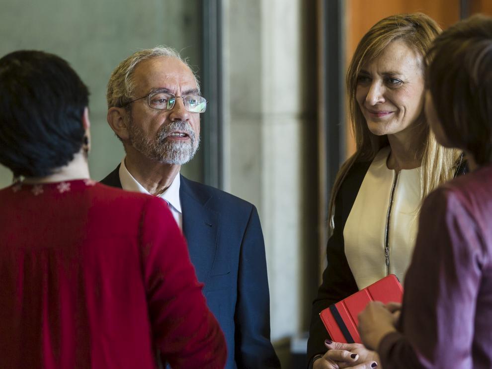 Comparecencia en las Cortes de José Ignacio Sánchez Miret, coordinador de trasplantes de Aragón.
