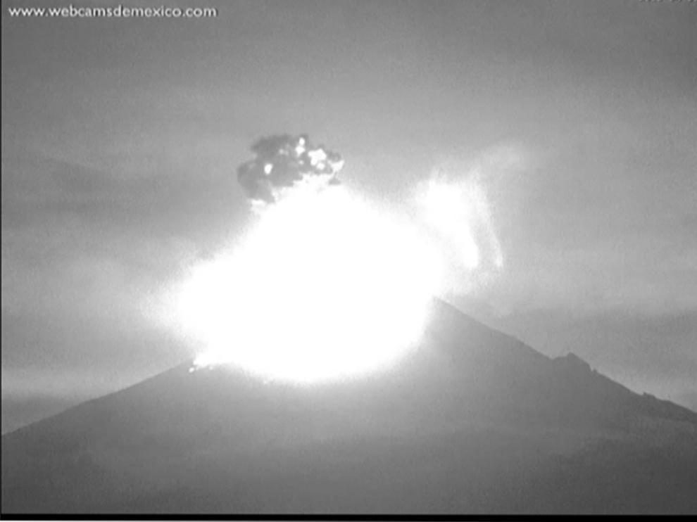Explosiones en Popocatépetl.