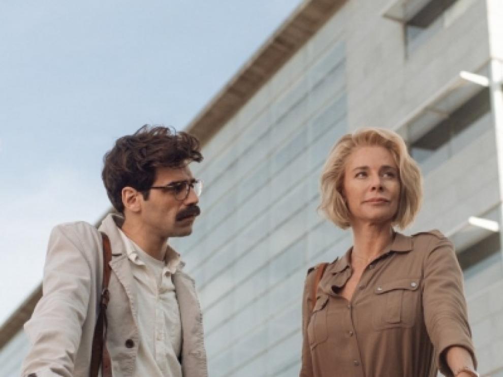 """Imágenes de la serie que emitirá próximamente Atresmedia, """"La embajada""""."""