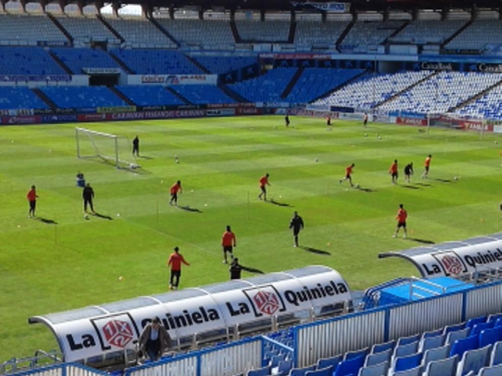 El Real Zaragoza ha entrenado este sábado en La Romareda.