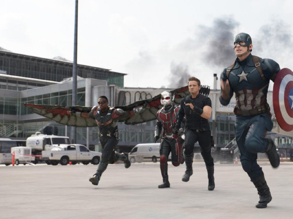 """Escena de la película """"Capitán América: Civil War"""", que se estrenará en España el próximo 29 de abril."""