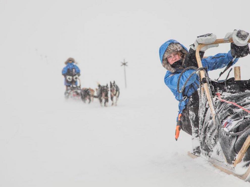 """La """"Fjällräven Polar"""" recorre en cuatro días 300 kilómetros de inhóspitos paisajes nevados del Círculo Polar Ártico."""