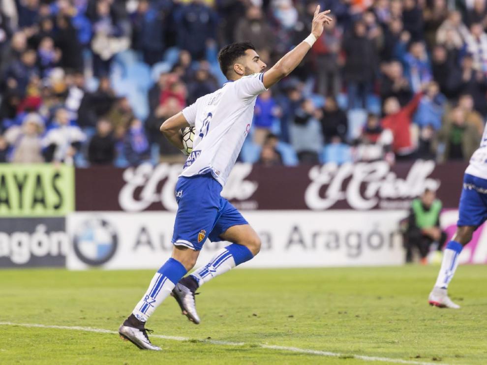 Ángel celebra su último gol, el pasado 28 de febrero en La Romareda, ante el Lugo.