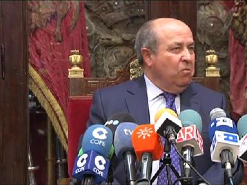 """El alcalde de Granada no dimite: """"No tengo ni idea de por qué se nos acusa"""""""