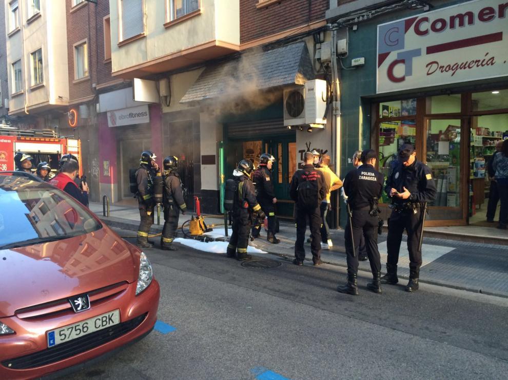 Incendio en la hamburguesería Takk de Zaragoza