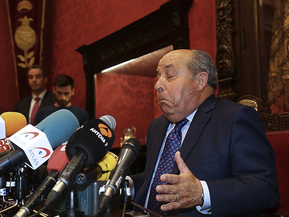 El alcalde de Granada, José Torres Hurtado, investigado junto a otras dieciséis personas por su supuesta implicación en una trama de corrupción