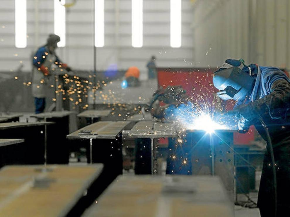 La industria encabeza el aumento de víctimas mortales en el trabajo