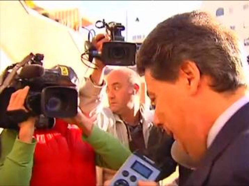 Ignacio González asu llegada a los juzgados de Estepona.