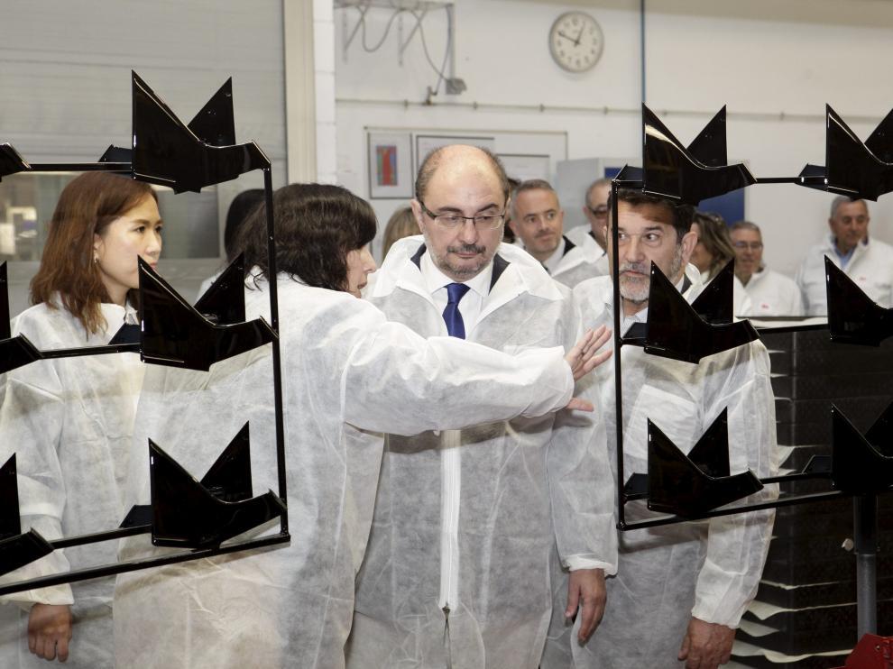 Javier Lambán visita la nueva planta de KDK en Borja