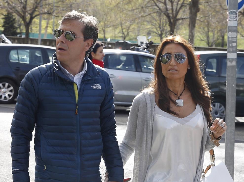 Paco González y su mujer acudiendo a la Audiencia de Madrid.