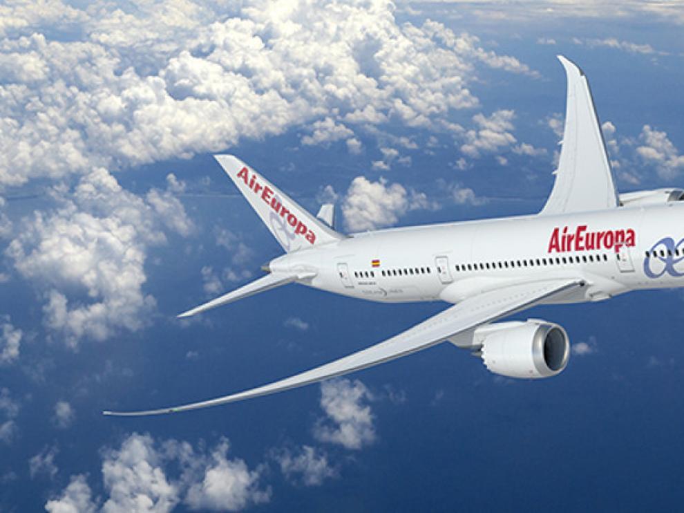 EL Gobierno anuncia una tarifa plana de 30 euros para los vuelos entre las Islas Baleares.