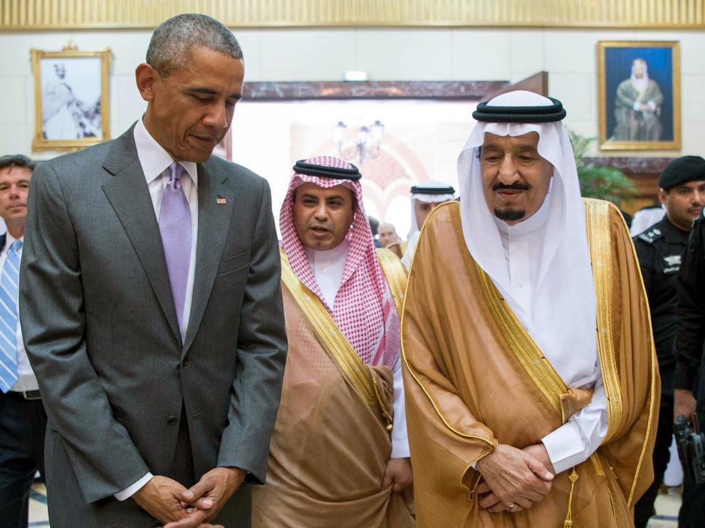 Barack Obama se reúne con el rey Salman en Riad (Arabia Saudí).