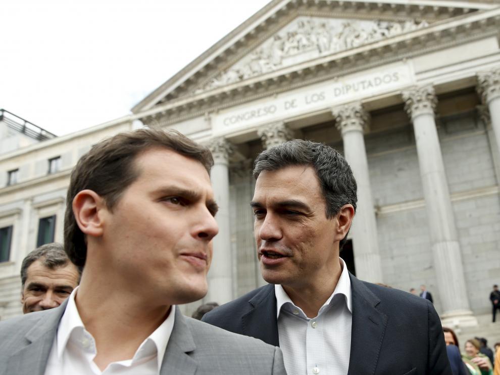 Pedro Sánchez y Albert Rivera, este jueves ante el Congreso.
