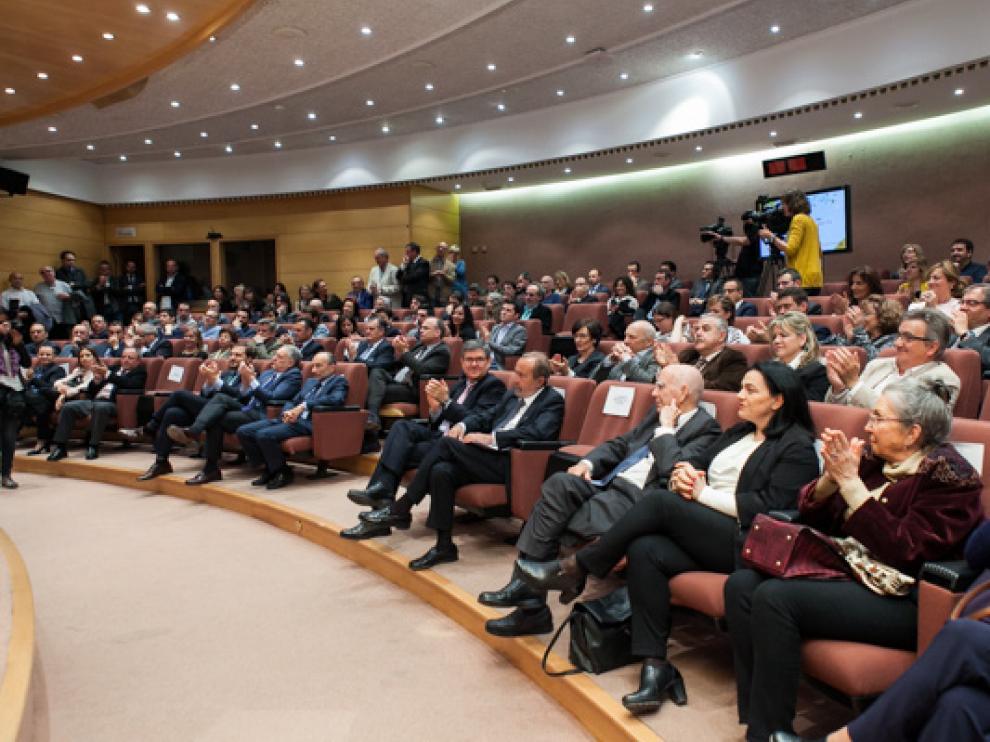La sala José Luis Borau se llenó para asistir a los actos conmemorativos.