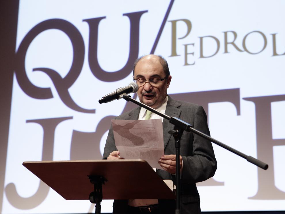 Javier Lambán durante su visita a Pedrola por los actos conmemorativos del IV centenario de la muerte de Cervantes.