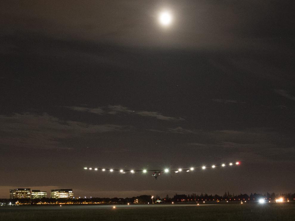 El avión impulsado con energía solar