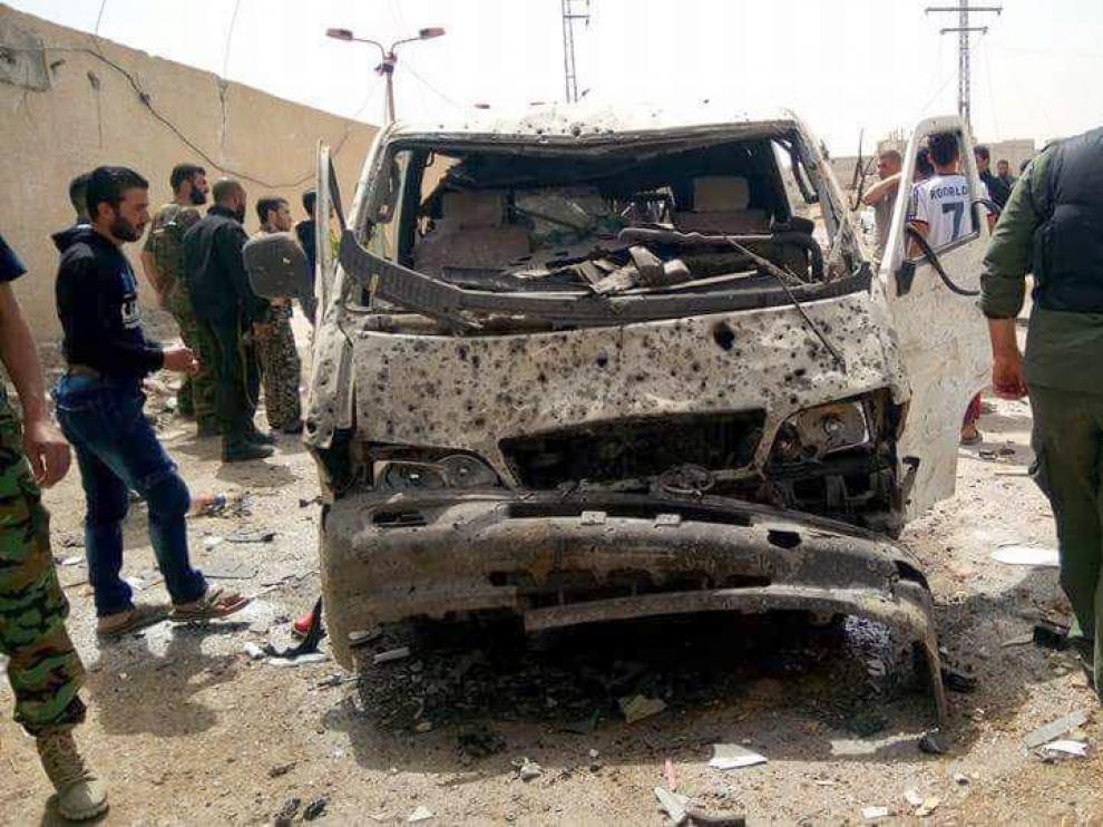 Lugar de la explosión a la entrada de la ciudad de al-Diabiyeh en Damasco.