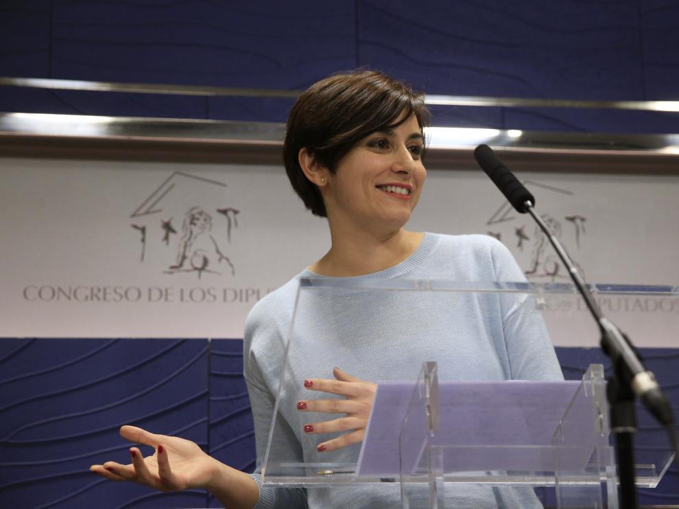 La diputada socialista Isabel Rodríguez durante su comparecencia en el Congreso