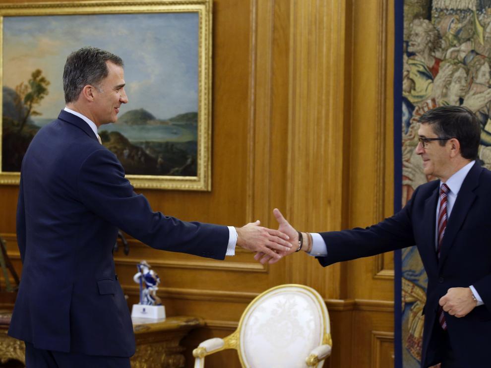 Patxi López es recibido por el Rey