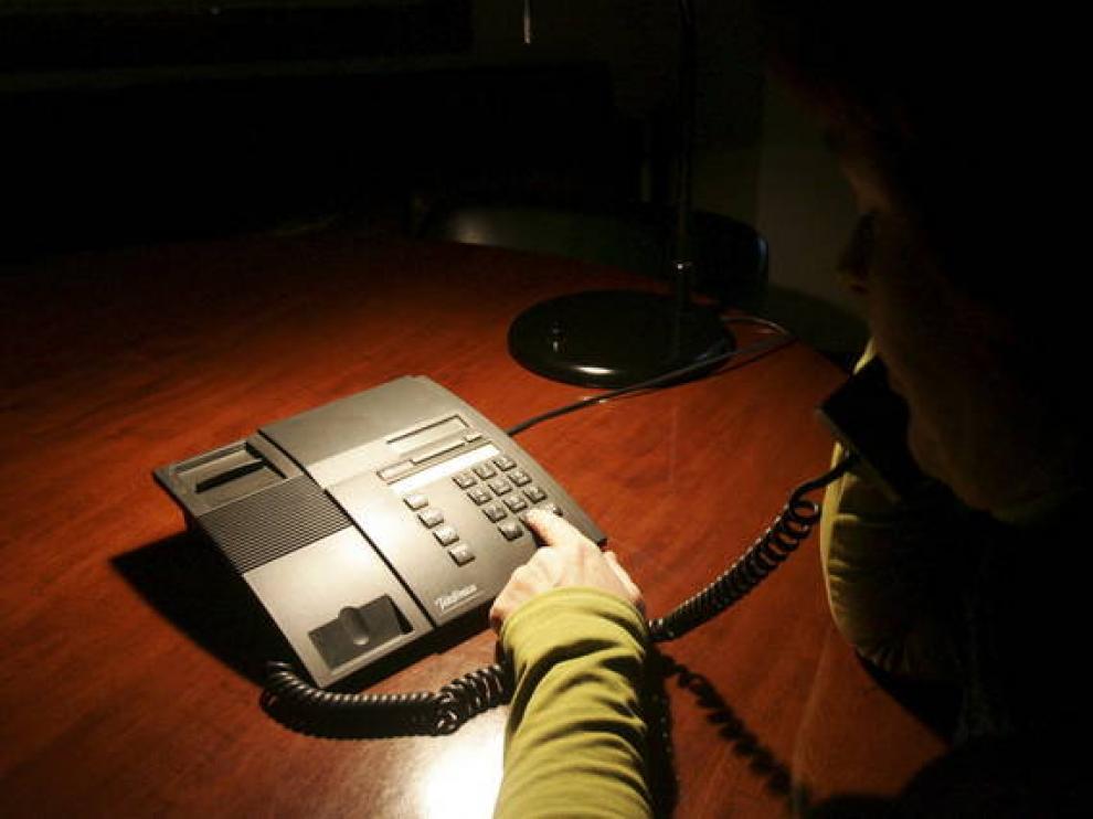 La mayoría de los teléfonos de emergencia no son gratuitos