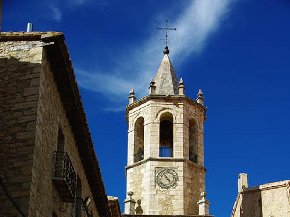 Torre de la iglesia de Cantavieja.