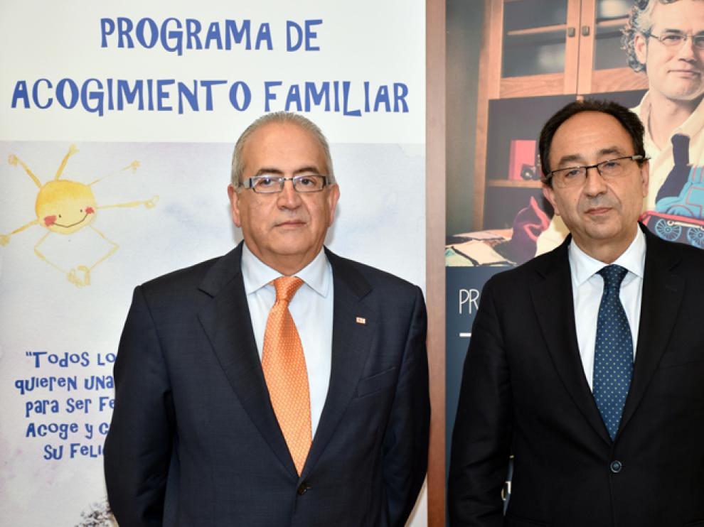 El presidente de Cruz Roja Soria, Modesto Fernández, y el delegado territorial, Manuel López