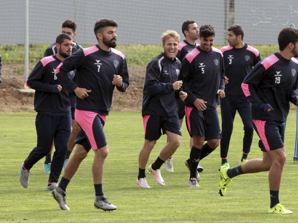 Las caras esta semana han sido mucho más relajadas entre los jugadores del Huesca.