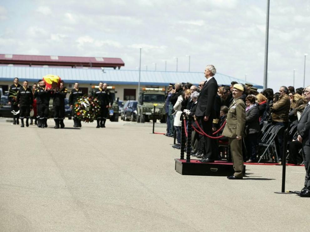 Funeral en la Base Aérea por Víctor Martín Rebollo.