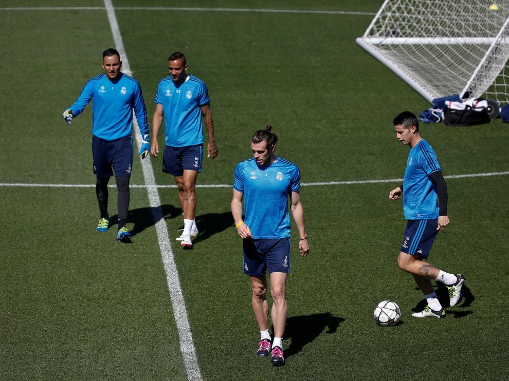 Jugadores del Real Madrid durante una sesión de entrenamiento.