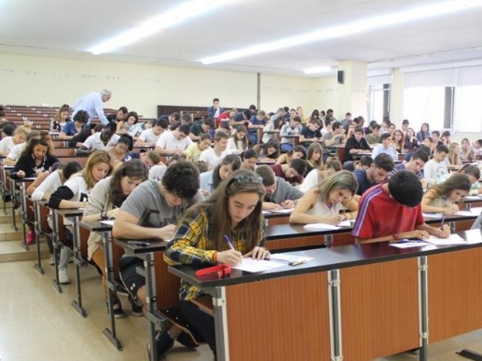 Prueba de Selectividad en la Universidad de Zaragoza.