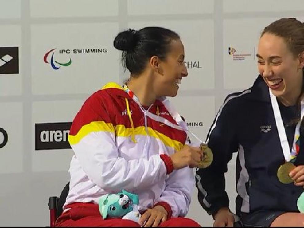 Teresa Perales logra su tercer oro y lo comparte con su rival, la noruega Sarah Louise.