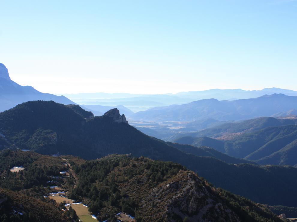 Vistas del Sobrarbe desde el yacimiento de Coro Trasito.