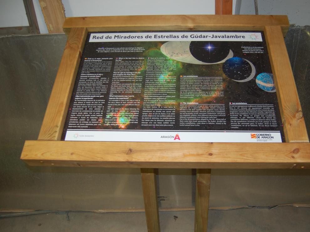 Los miradores disponen de una mesa de interpretación.