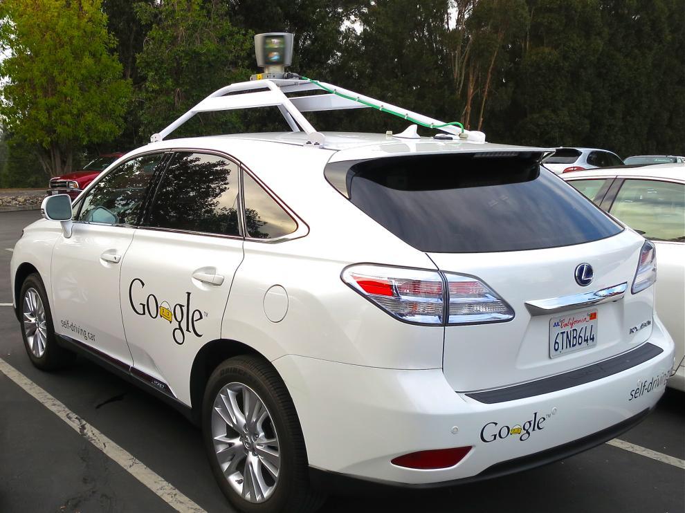 La flota de vehículos que Google probará en Phoenix son Lexus RX450h, un todoterreno híbrido de lujo.
