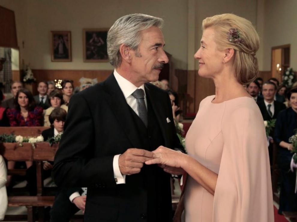 Antonio (Imanol Arias) y Merche (Ana Duato) renuevan sus votos en el episodio de 'Cuéntame' que se emite este jueves.