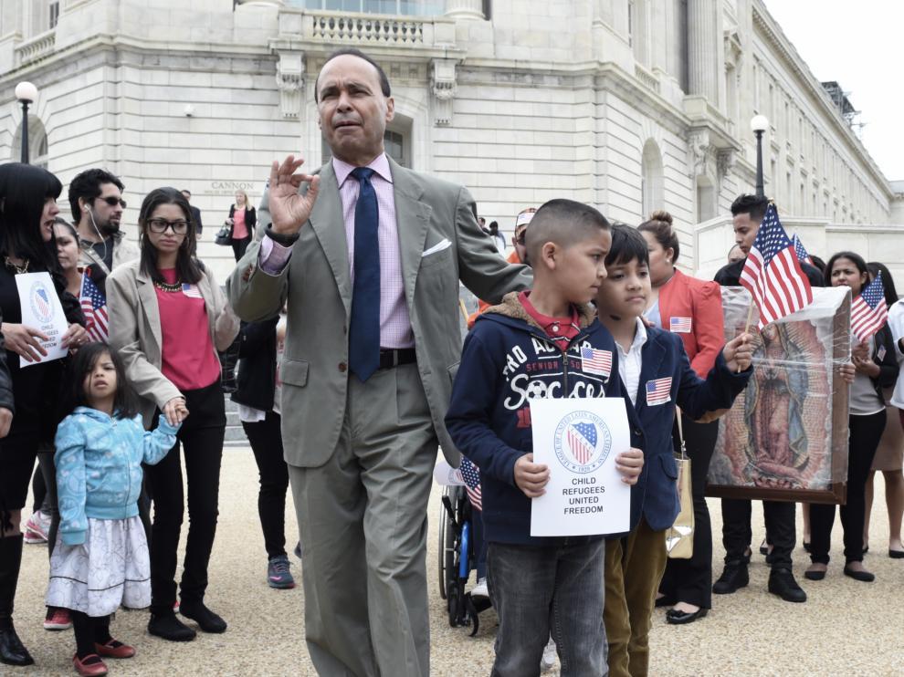 Hasta el lunes, 879 padres habían sido reunidos con sus hijos.