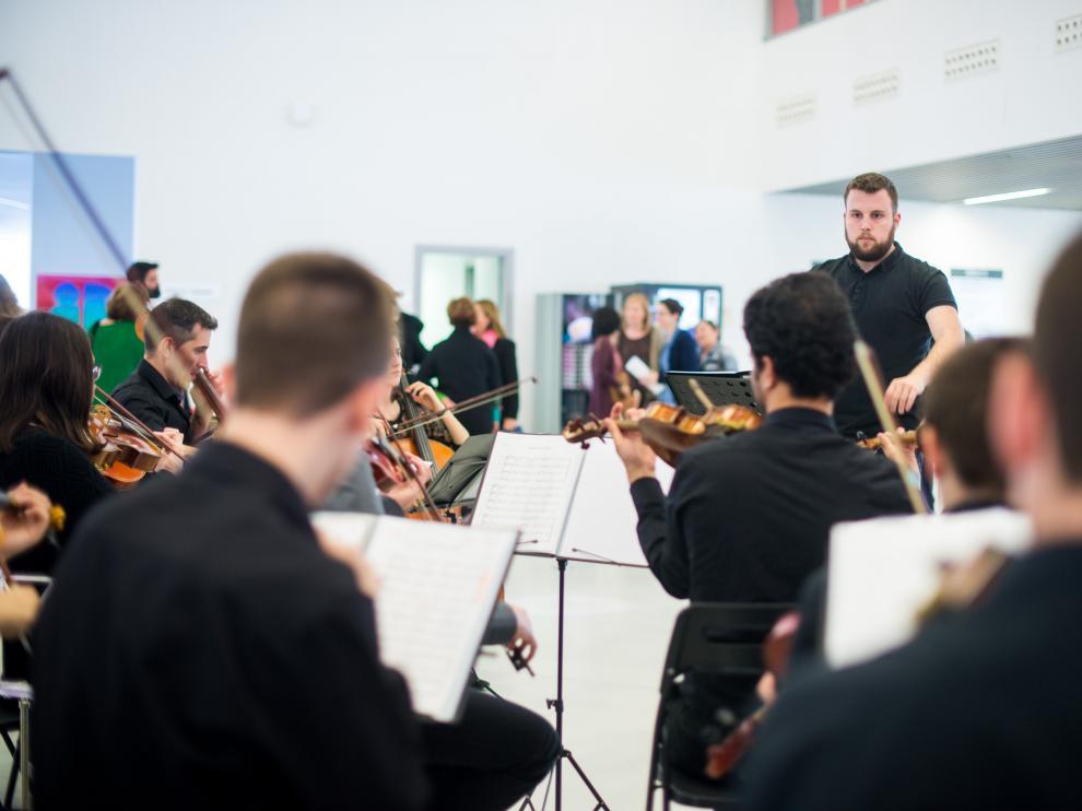 La Orquesta Andalán tocó en el acto institucional del 25 aniversario del instituto.