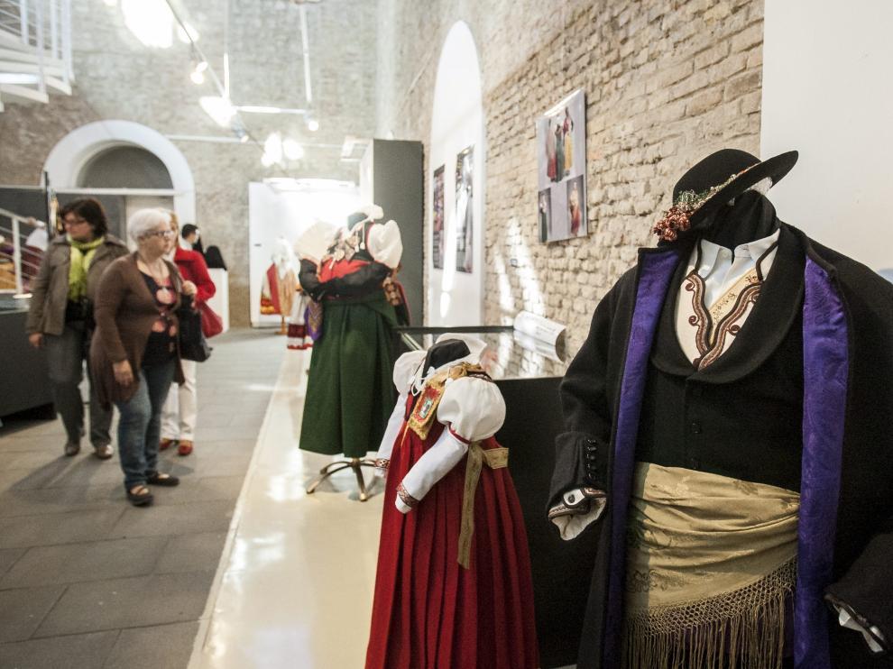 Exposición de indumentaria aragonesa.