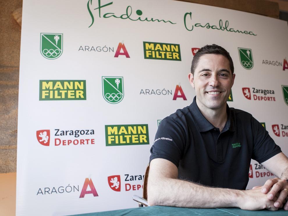 El entrenador del Mann Filter, Víctor Lapeña, ayer en el Stadium Casablanca.