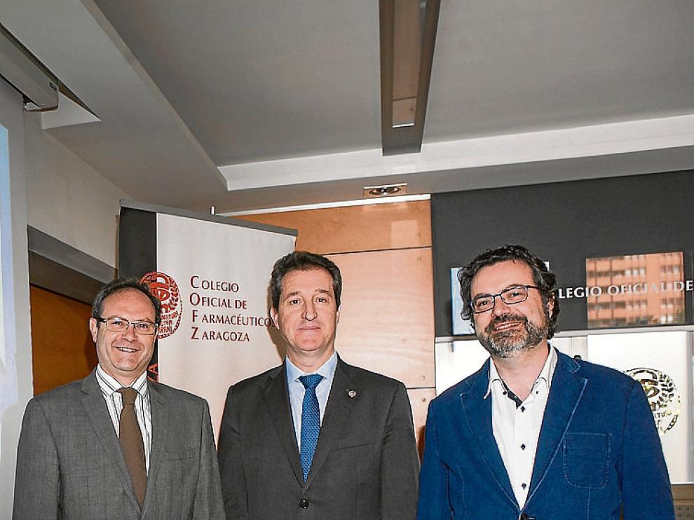 Gómez, Jordán y Satué, en la presentación del congreso.
