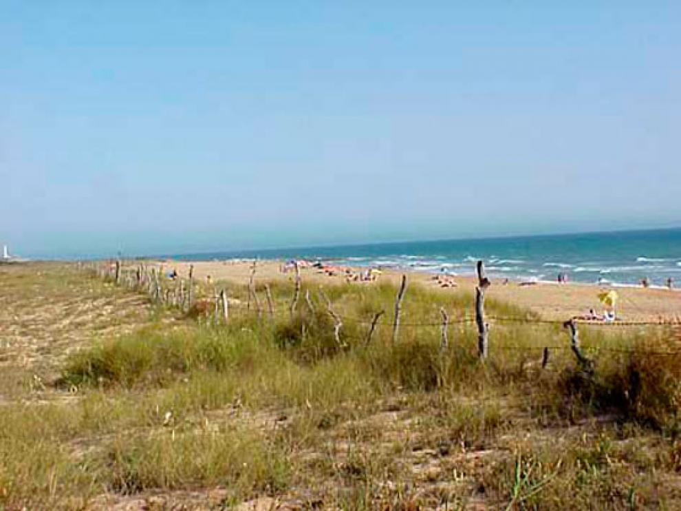Una playa nudista en Cádiz