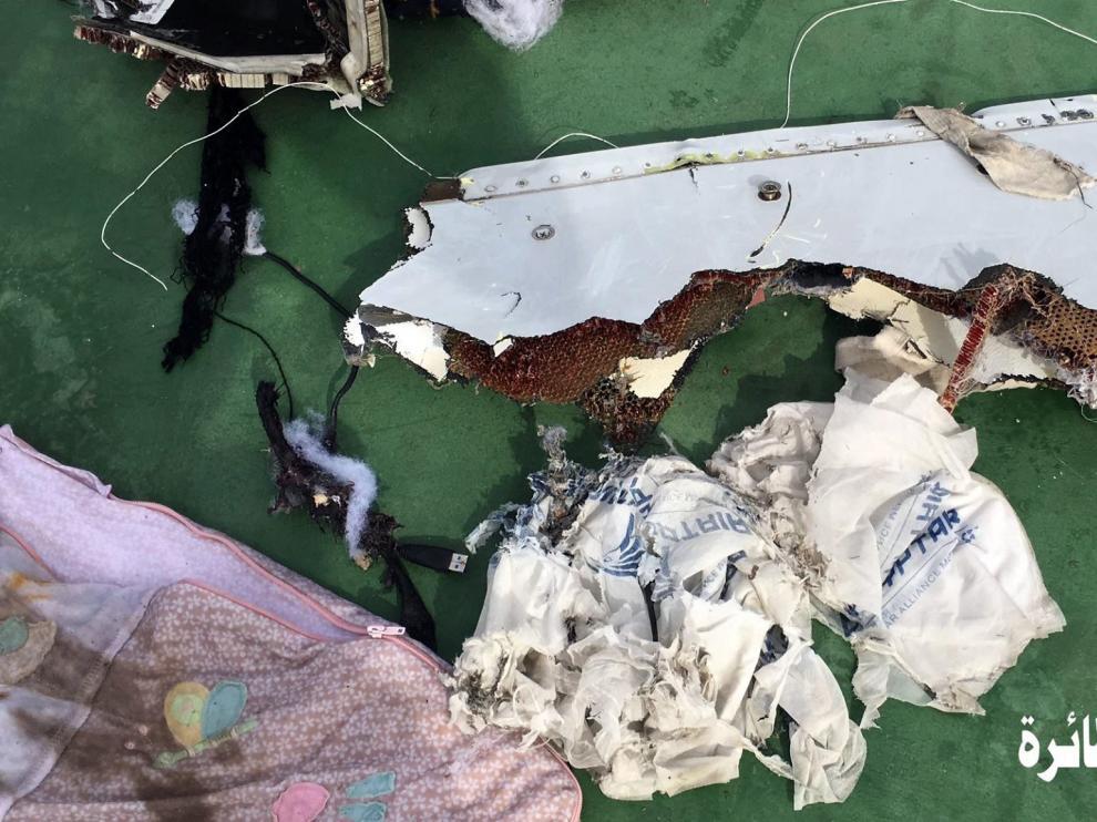 Primeras imágenes del avión de EgyptAir siniestrado.
