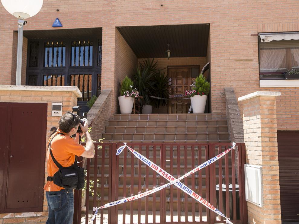 El apuñalamiento se produjo en esta vivienda de la urbanización el 20 de junio de 2015.