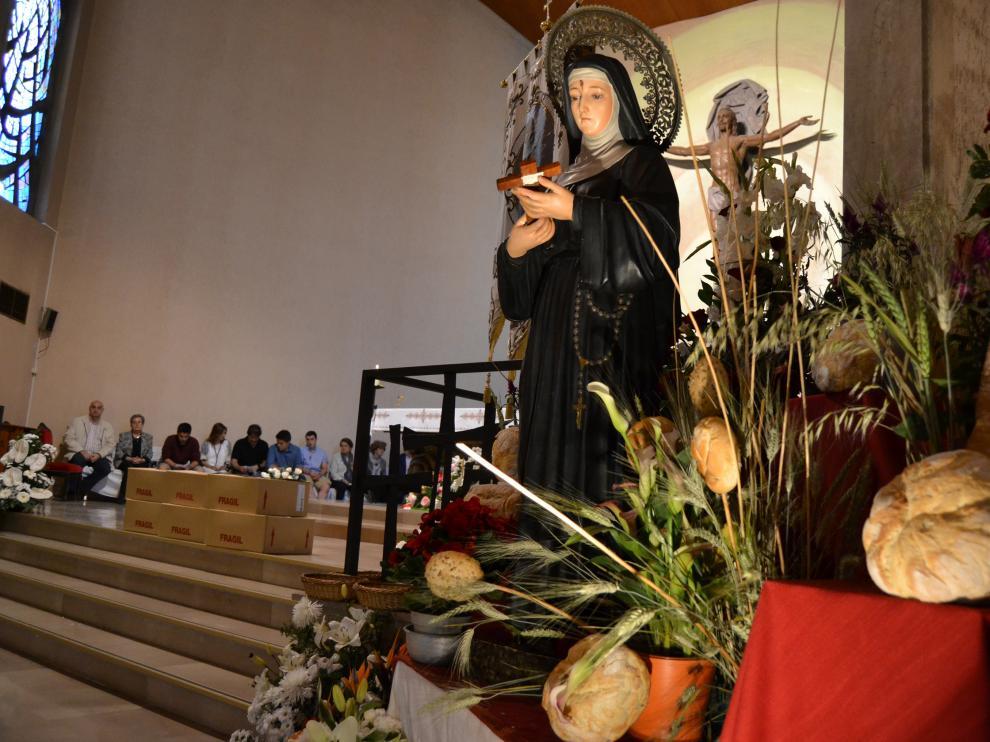 La figura de Santa Rita ha estado rodeada por distintos tipos de pan.