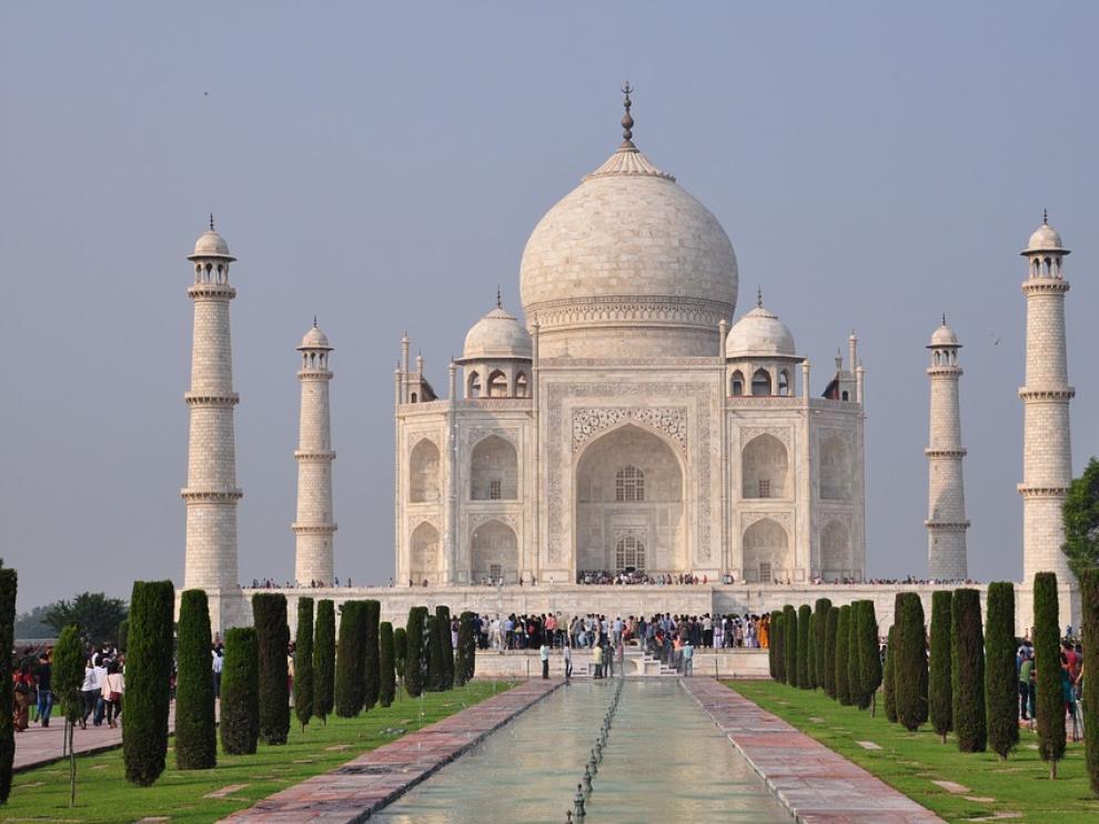 La mosca que ensucia el Taj Mahal