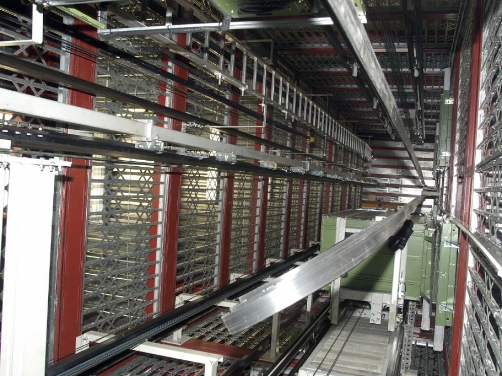 Torre de ensayos para ascensores en el Instituto Tecnológico de Aragón.