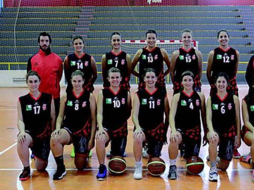 La plantilla del Azulejos Moncayo BFA, que esta temporada se ha mantenido en la Liga Femenina 2.