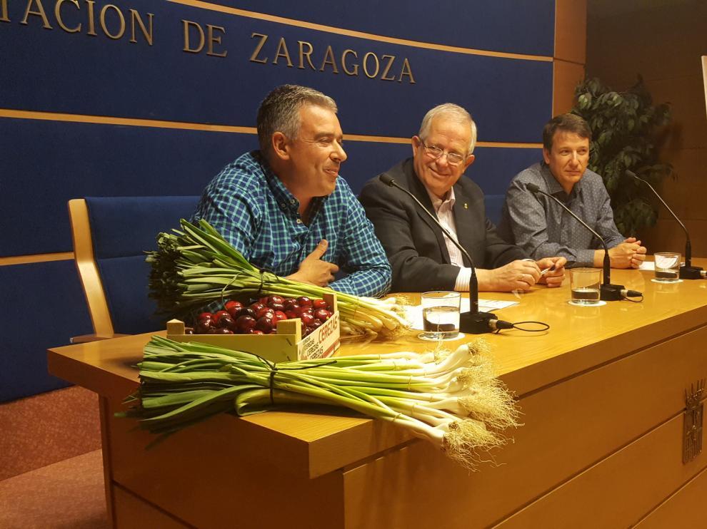 Presentación de la primera edición de su Feria de la Cereza y el Ajo Verde.